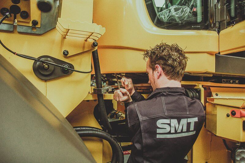 SMT fait l'acquisition des activités d'importation et distribution de Volvo CE en Grande-Bretagne