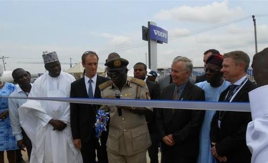 Michael Ade-Ojo et Philippe de Moerloose à Abuja, dans le cadre de leur partenariat au sein de SMT Nigeria.
